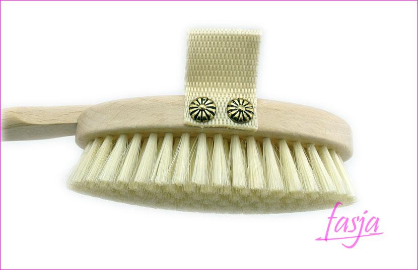 uniwersalna szczotka do mycia i masażu na sucho