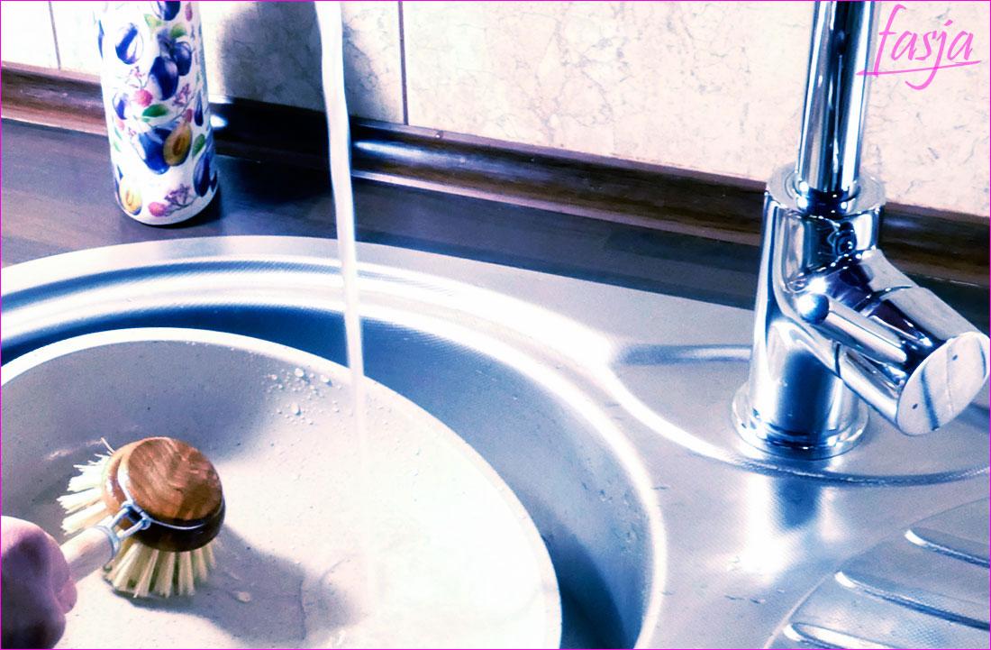Mycie naczyń zero waste