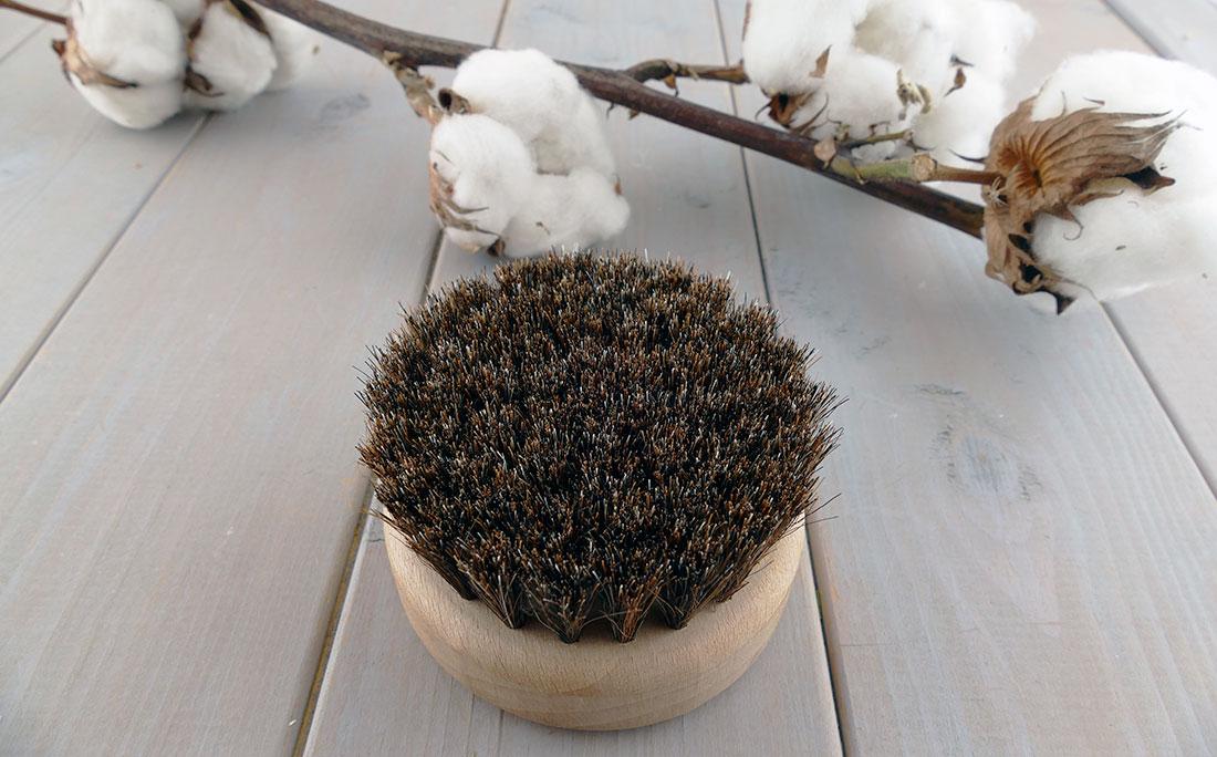 miękka szczotka do ciała z naturalnego włosia