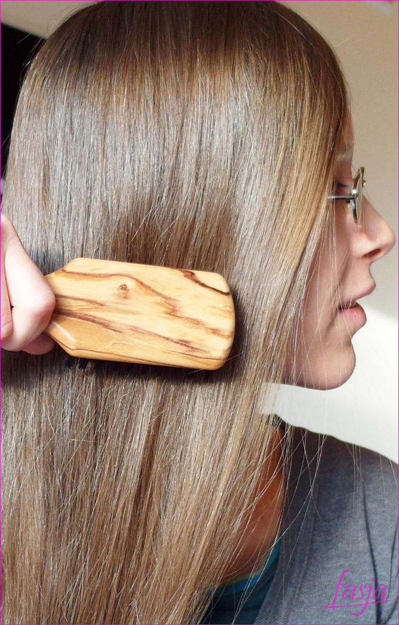 szczotkowanie włosów - szczotka z dzika